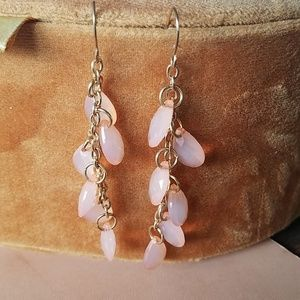 Jewelry - Light weight pink and gold dangle earrings